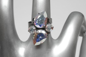 Charming Crystals_linda-ring_1